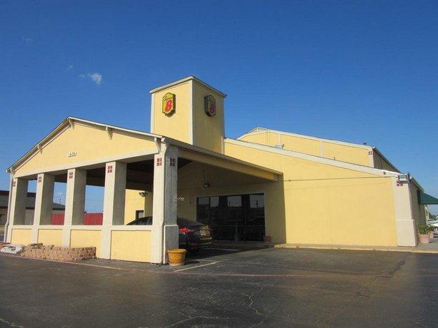 Super 8 Motel Gainesville Texas