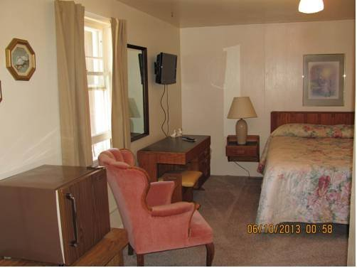 Garden Cottages Motel Rapid City Compare Deals