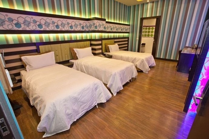 Wei Feng Hotel - Kaohsiung