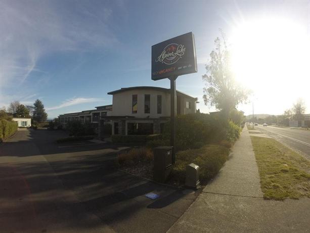 About Alpine Lake Motor Lodge