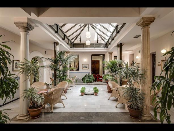 Hotel anacapri granada compare deals for Hotels grenade