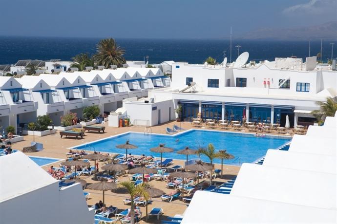 Cinco plazas hotel lanzarote puerto del carmen compare - Hotels in puerto del carmen ...