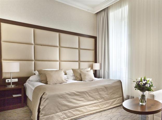מלון קינג דיוויד פראג צילום של הוטלס קומביינד - למטייל (3)