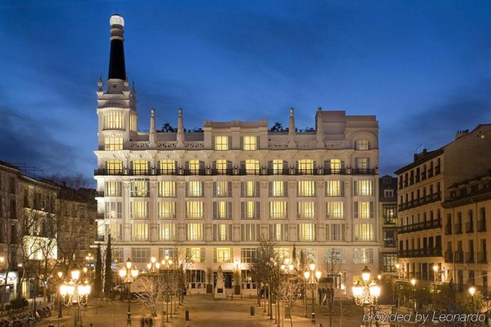 ME Madrid Reina Victoria by Melia