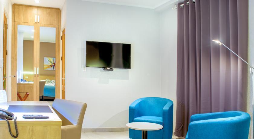 Q inn boutique hotel paramaribo comparer les offres for Comparer les hotels