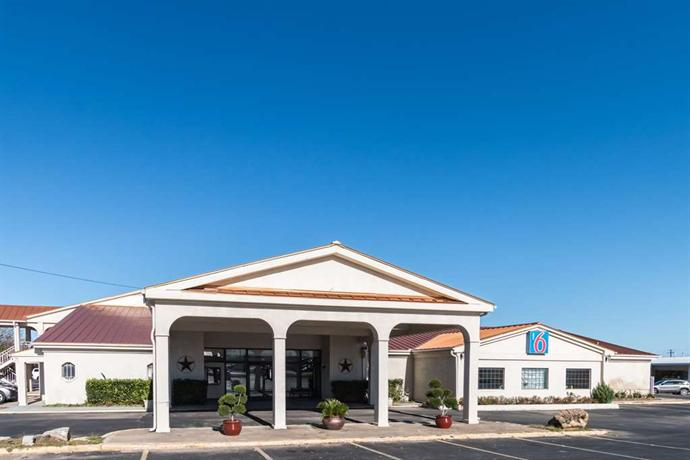 Motel 6 Stephenville