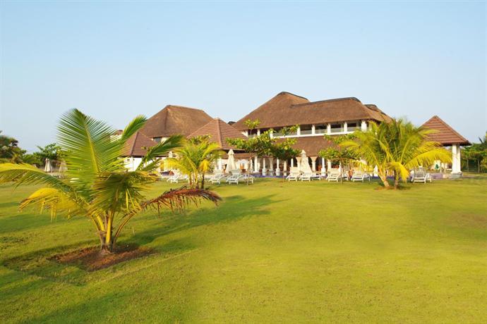 Le Pondy Beach & Lake Resort, Puducherry - Compare Deals