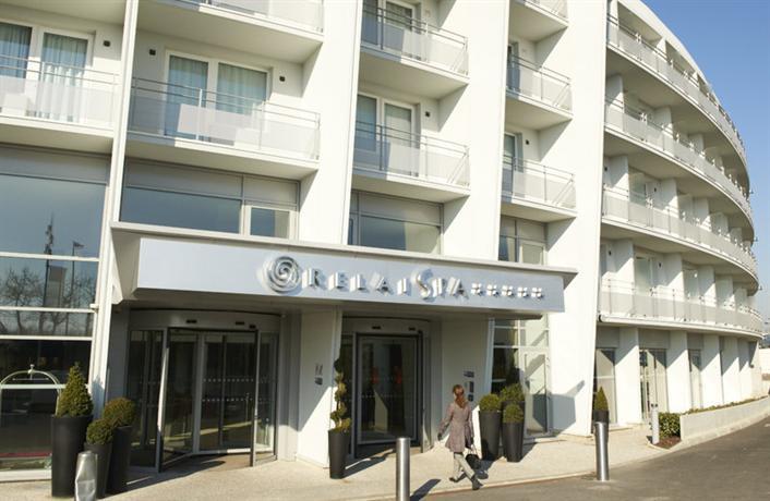 relais spa paris roissy cdg hotel roissy en france compare deals. Black Bedroom Furniture Sets. Home Design Ideas