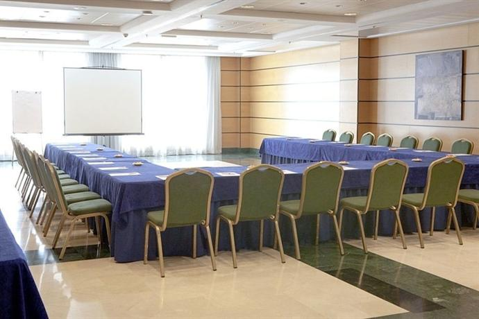 Hotel albufera alfafar offerte in corso for Piscina alfafar