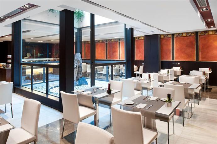 catalonia port hotels barcelone. Black Bedroom Furniture Sets. Home Design Ideas