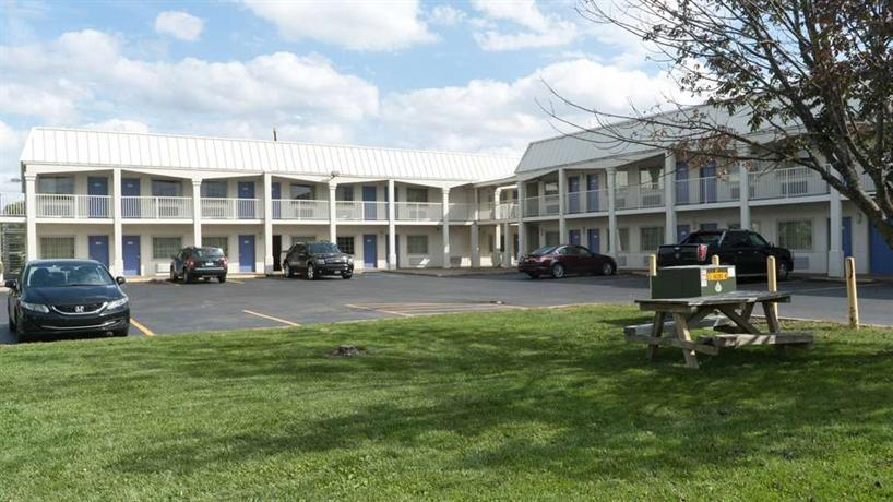 motel 6 lafayette indiana compare deals. Black Bedroom Furniture Sets. Home Design Ideas