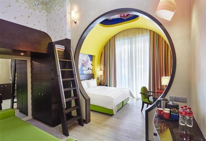 Resorts World Sentosa Festive Hotel