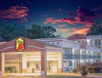 Super  Motel In Jasper Alabama