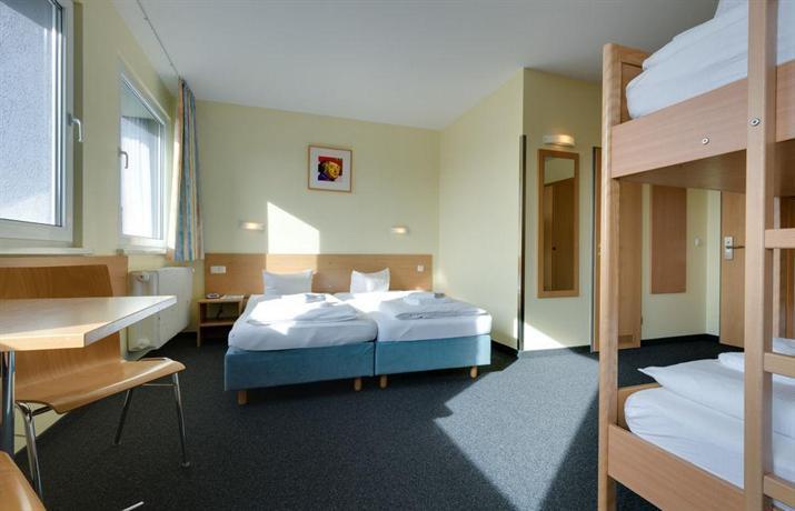 Familienhotel citylight berlin compare deals for Familienhotel berlin