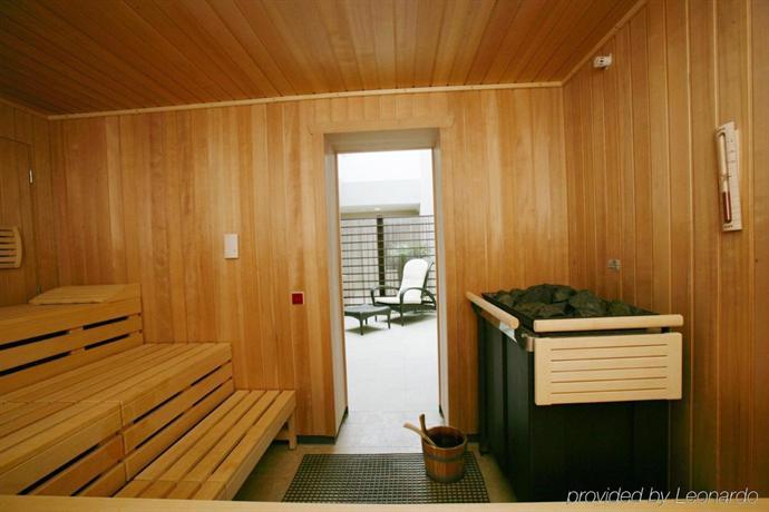 hotel nikko d sseldorf die g nstigsten angebote. Black Bedroom Furniture Sets. Home Design Ideas