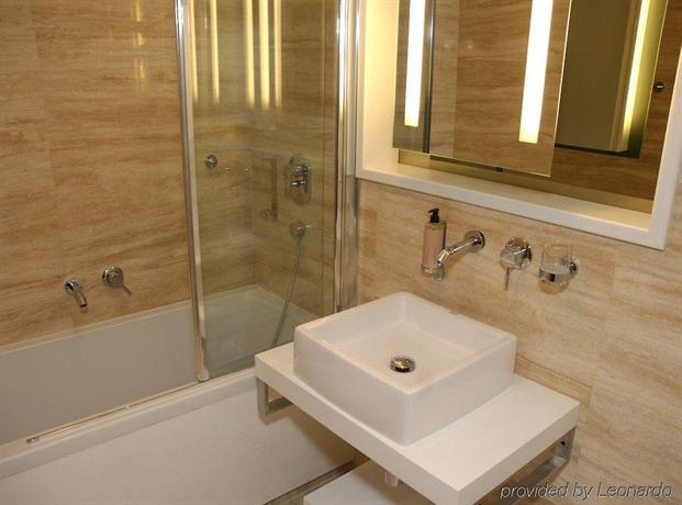 Mama 39 s design boutique hotel bratislava compare deals for Mama s design boutique hotel bratislava