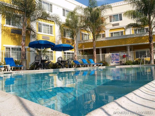 Holiday Inn Express Garden Grove Compare Deals