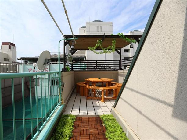 Shinsaibashi rooftop terrace house osaka compare deals for Terrace house japanese show
