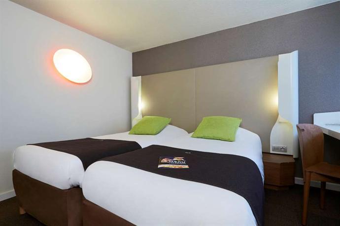 campanile villejust za courtaboeuf compare deals. Black Bedroom Furniture Sets. Home Design Ideas