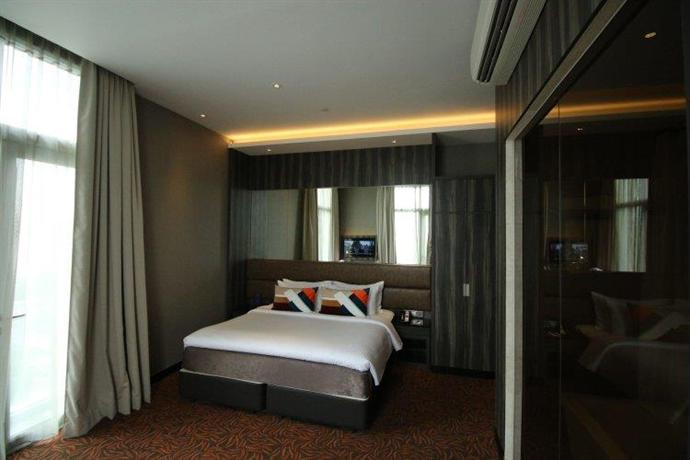 Aqueen Hotel Paya Lebar, Singapore - Compare Deals