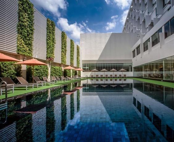 Mandarin Hotel Managed By Centre Point Bangkok Compare
