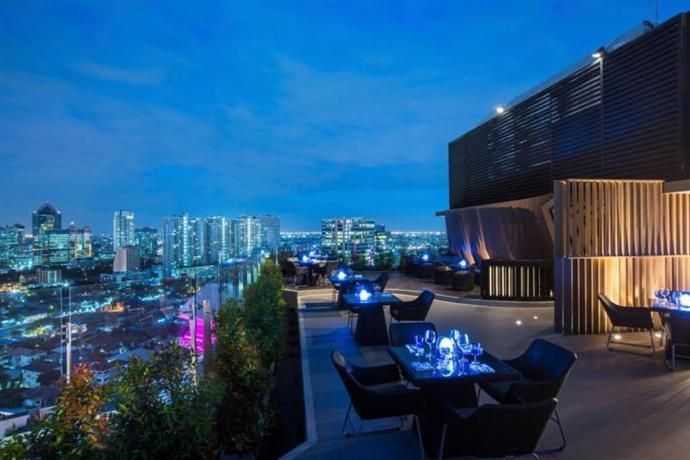 Centara Grand At Central Plaza Ladprao Bangkok Compare Deals