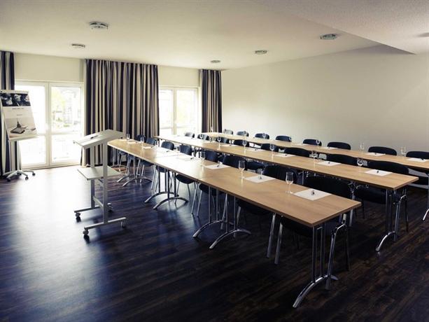 mercure hotel bad oeynhausen city compare deals. Black Bedroom Furniture Sets. Home Design Ideas