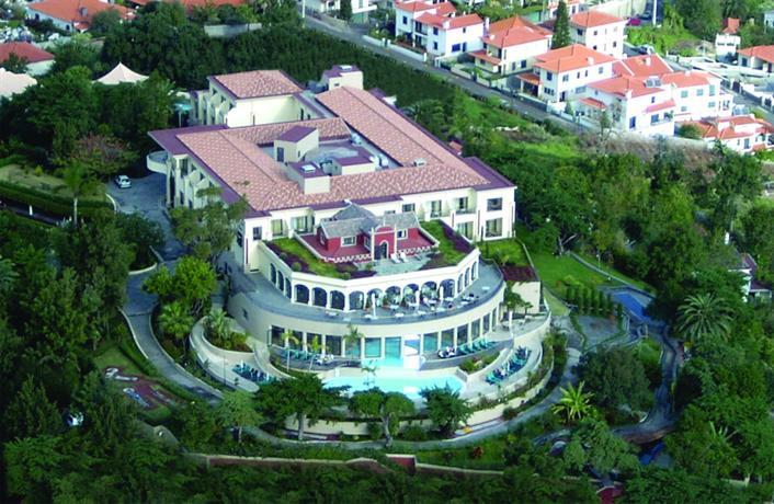 Charming hotels quinta das vistas palace gardens for Charming hotel
