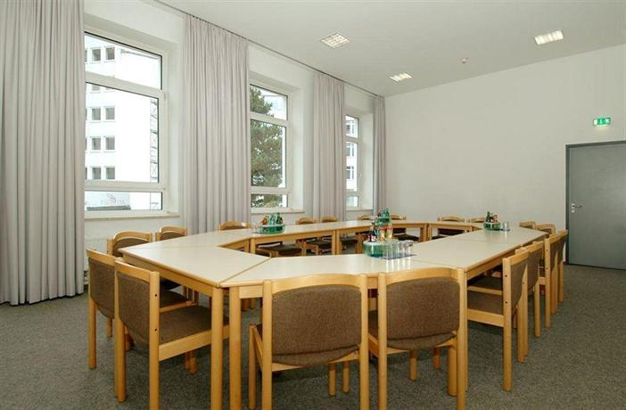cvjm d sseldorf hotel tagung die g nstigsten angebote. Black Bedroom Furniture Sets. Home Design Ideas