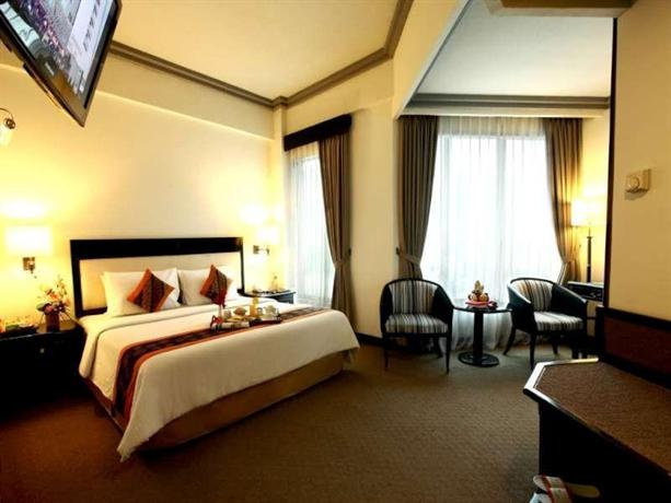 Travellers Hotel Jakarta - Compare Deals