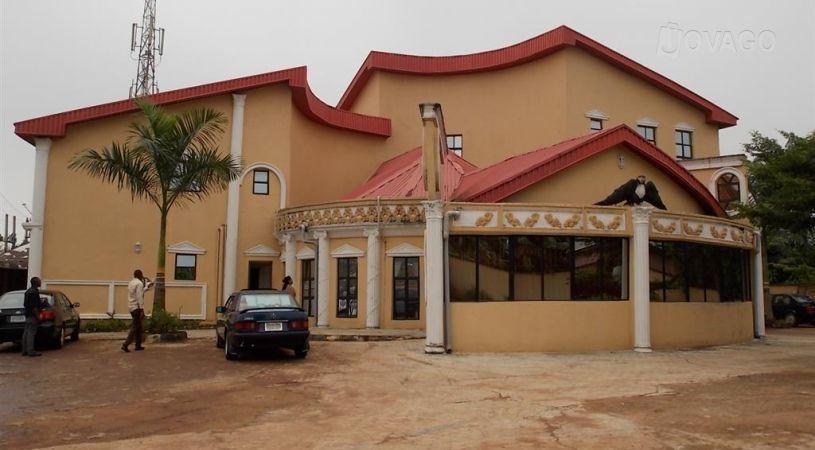 Abbot Luxury Hotels