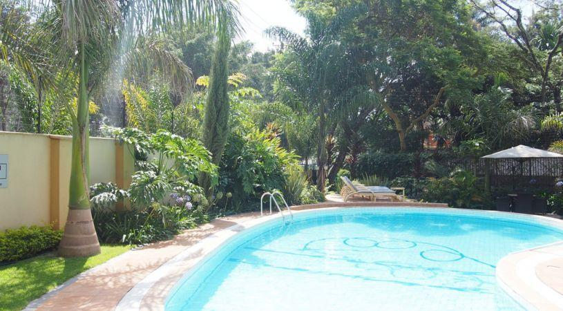 Waridi paradise apartment hotel nairobi compare deals for Appart hotel quincy
