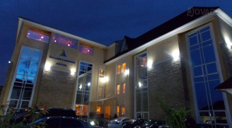 Grand towers hotel hotels abuja for Prix de hotel