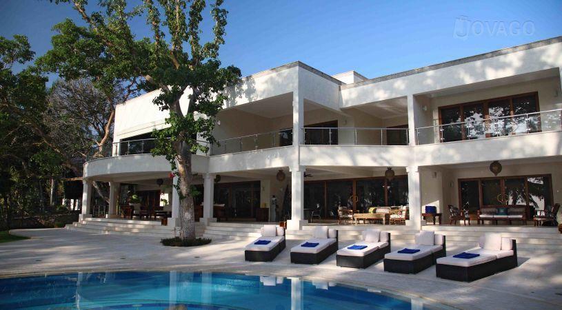 Almanara Luxury Villas Kwale
