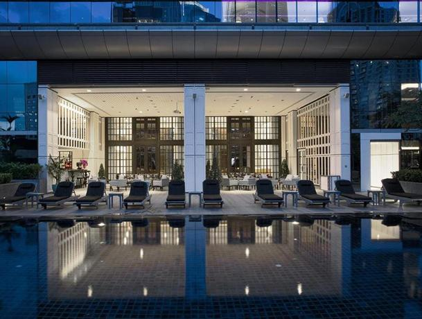 le royal meridien plaza athenee bangkok compare deals