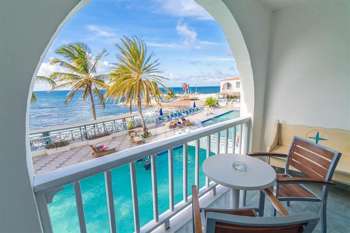 Ocean Point Resort & Spa, Hodges Bay - Compare Deals