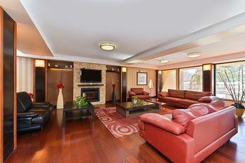 Comfort Inn and Suites Tinton Falls