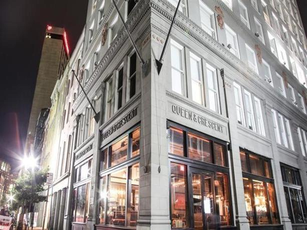 Q&C HotelBar New Orleans Autograph Collection r