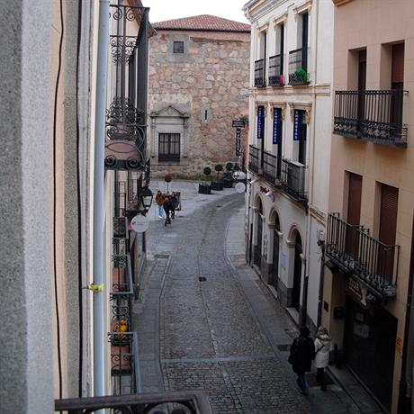 Bellas Hostel Avila