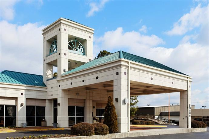 Holiday Inn Express Hotel & Suites Hunstville-University Drive