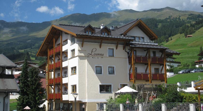 Hotel Garni Lawens Serfaus