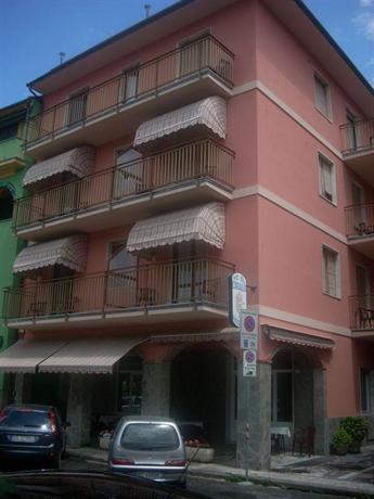 Corallo hotel moneglia compare deals for Hotel moneglia