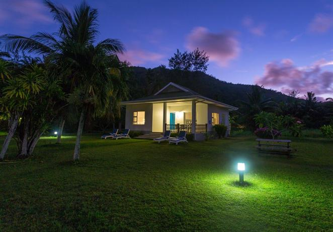 Chalets d'Anse Forbans SelfCatering