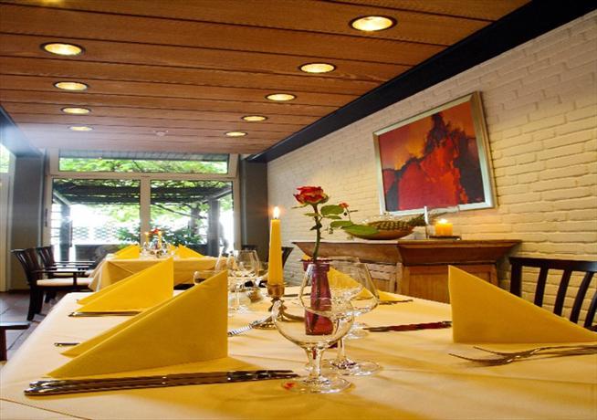 Hotel Kolner Stra Ef Bf Bde Dusseldorf