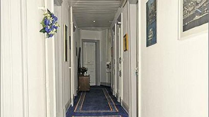 Hotel Garni Bei Der Esplanade Hamburg