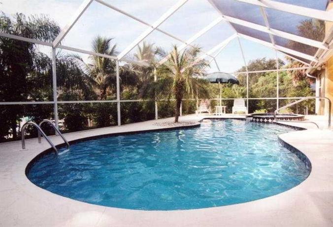 Gulfcoast Holiday Homes Rosemary District