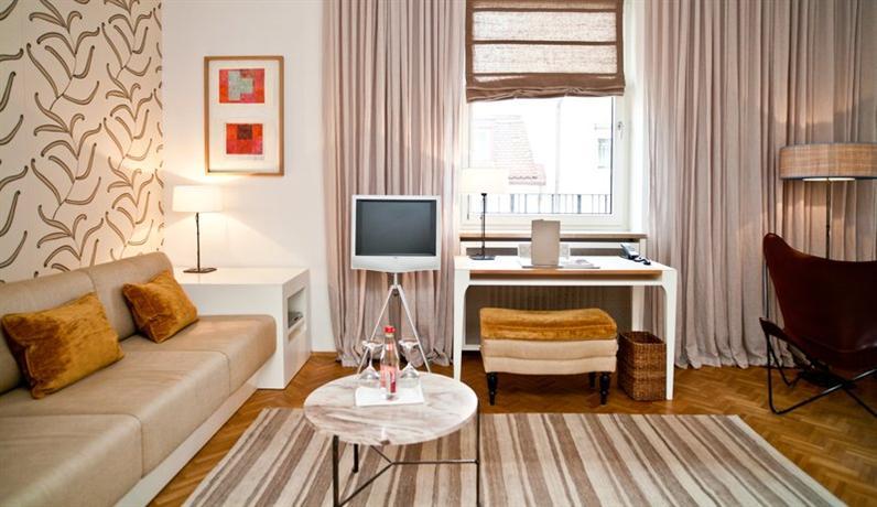 cortiina hotel munich compare deals. Black Bedroom Furniture Sets. Home Design Ideas
