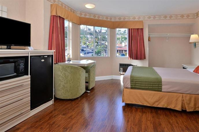 About Americas Best Value Inn At San Clemente