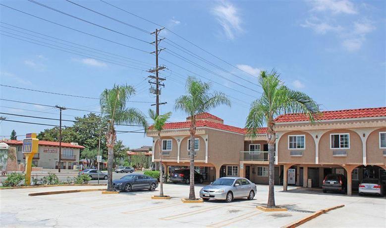 Orange Tustin Inn in Orange