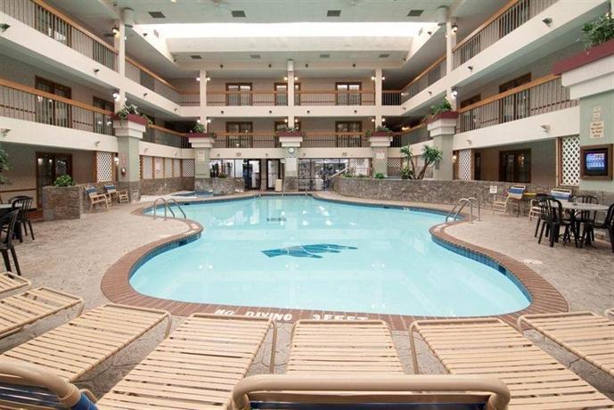 Americas Best Value Inn & Suites Shakopee
